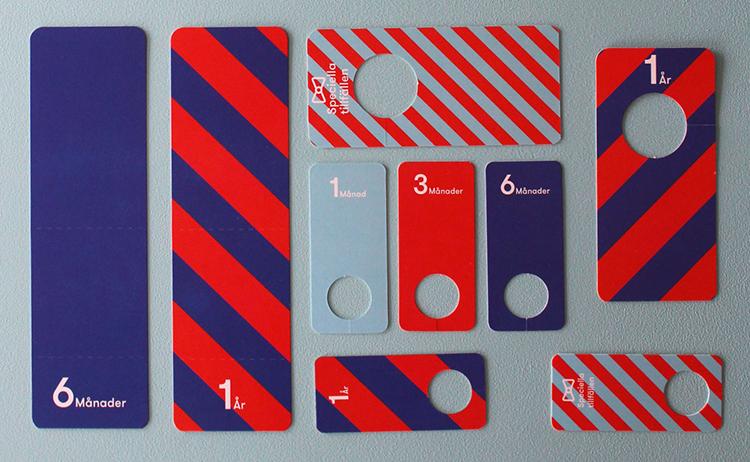 Märklappar i rött och blått med numrering
