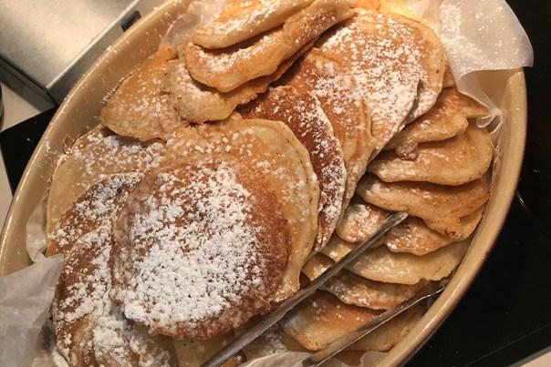 American pancakes i en oval form