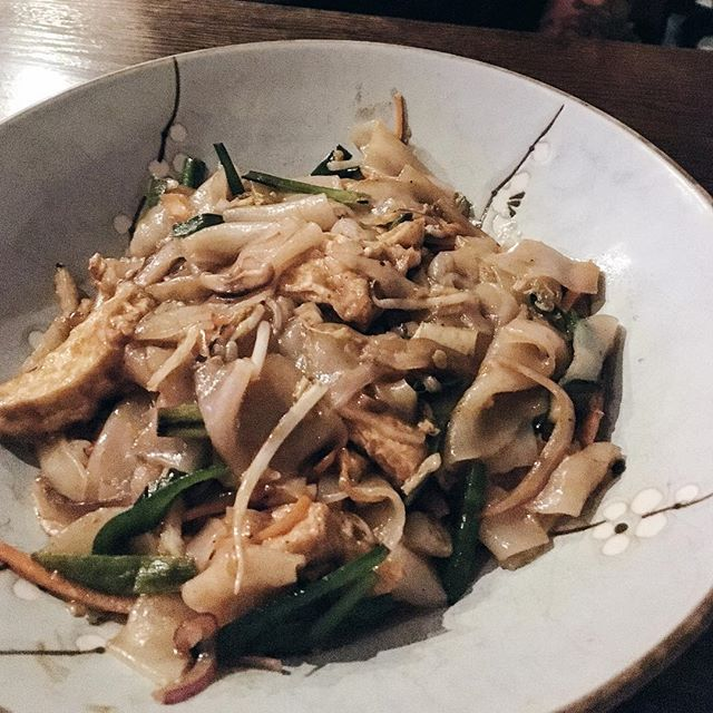 Pad Thai is very easy to veganize- make sure no fish sauce, no egg, and no meat, just tofu and veggies 🏻 ordered here with chow fun noodles for a different spin!