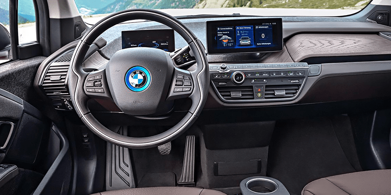 Interior shot of the cockpit of the new 2018 BMW i3