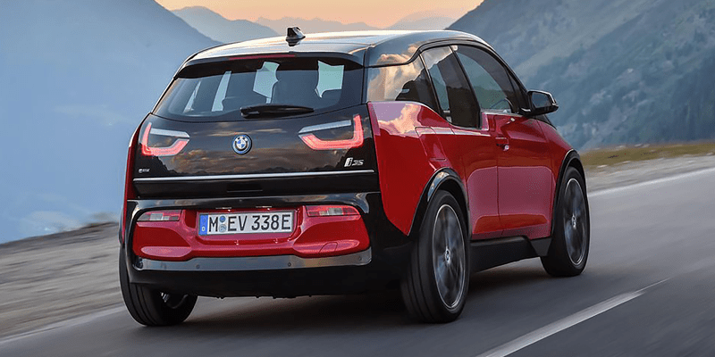 Photo of back of red and black sport 2018 BMW i3