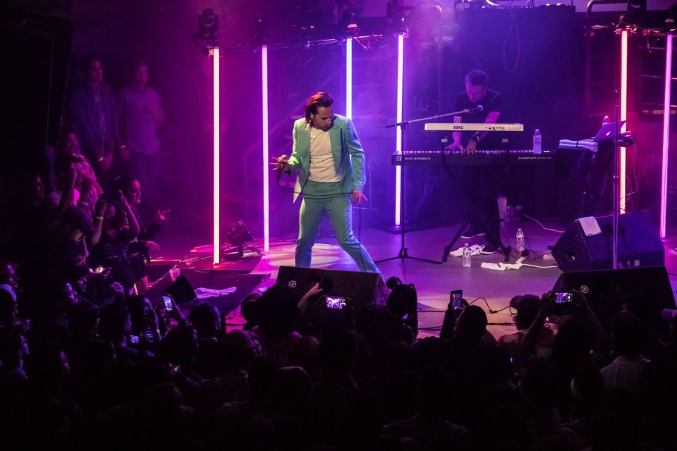 FM-84 and Ollie Wride perform one of their impeccable collaborations on July 14 at the DNA Lounge in San Francisco.