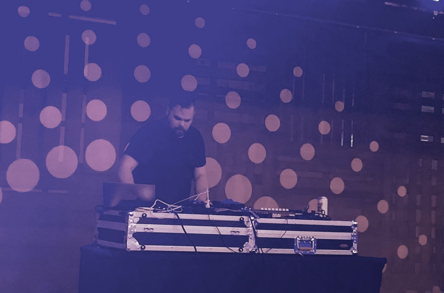 com-truise-sequence-industry-city-bw-hero
