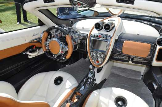 super carros interior pagani huayra roadster