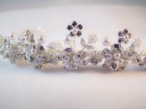 close up tiara Mariell T005