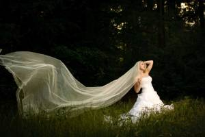 extra long veils are royal veils