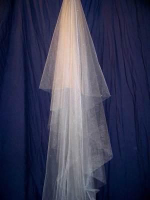 Oval style veil