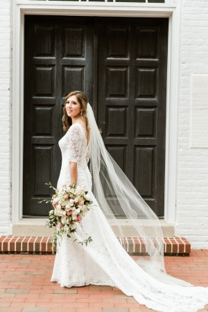 scalloped wedding veil