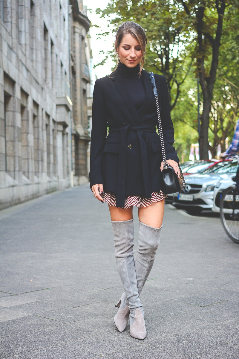 Overknees Stiefel Outfit