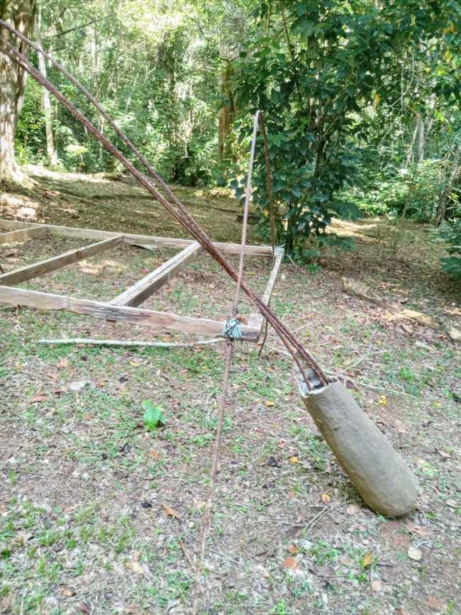 Obra de Celeida Tostes destruída, no Parque da Cidade