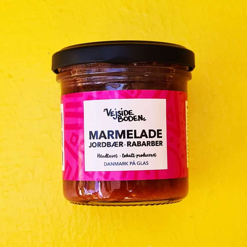 Marmelade med jordbær og rabarber