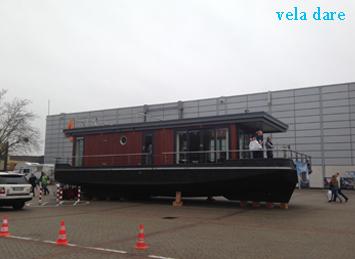 Hausboot_Dusseldorf