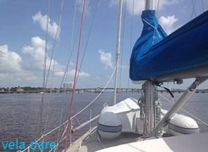 HalifaxMarina-300x219 Des Bahamas à la Floride caraibes-karibik amerique  voilier naviguer floride Daytona Beach Caraubes Berry Islands Bahamas