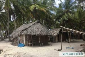 Maisonette Kuna sur une'île des Holandes Cays
