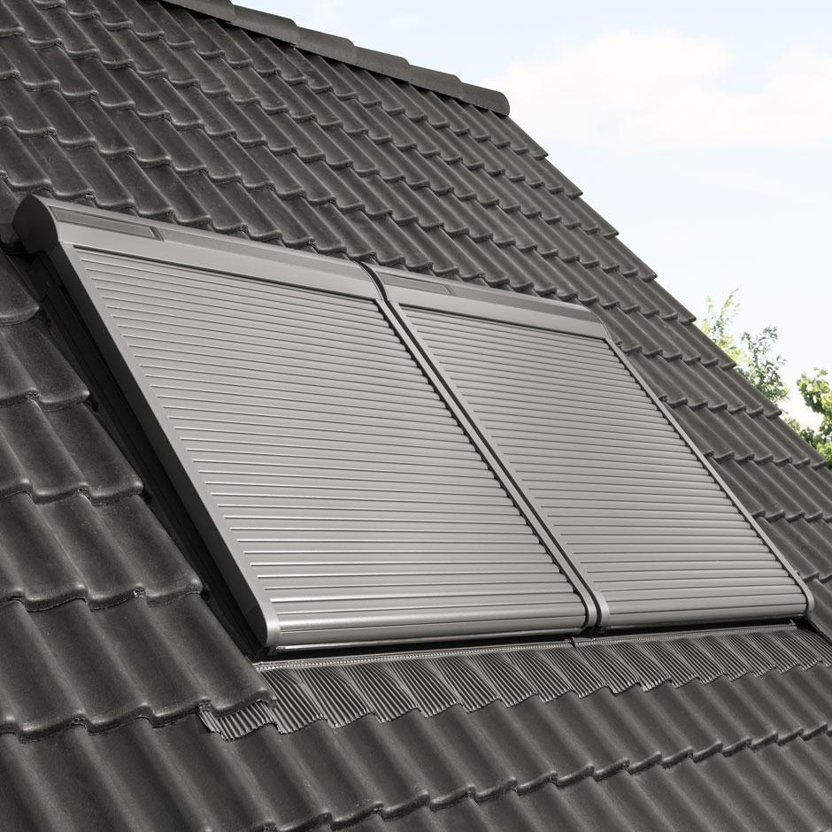 hitzeschutz fur das dachfenster velux