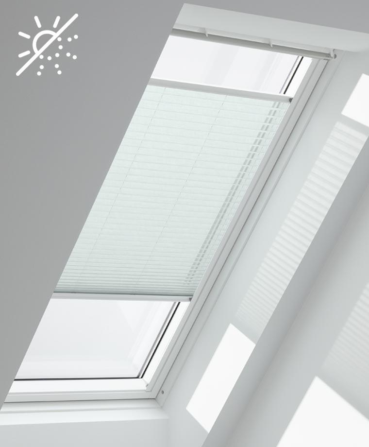 dachfenster plissee fur sanftes