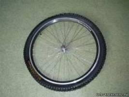Прокол колеса велосипеда