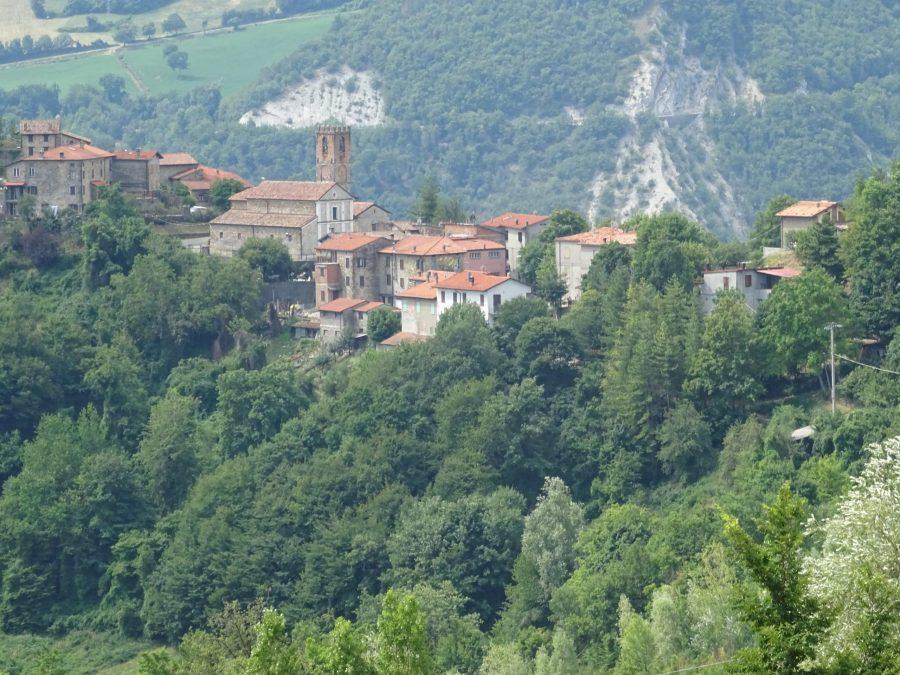 Comme les contreforts des Apennins, construisons ensemble un rempart contre l'adversité !