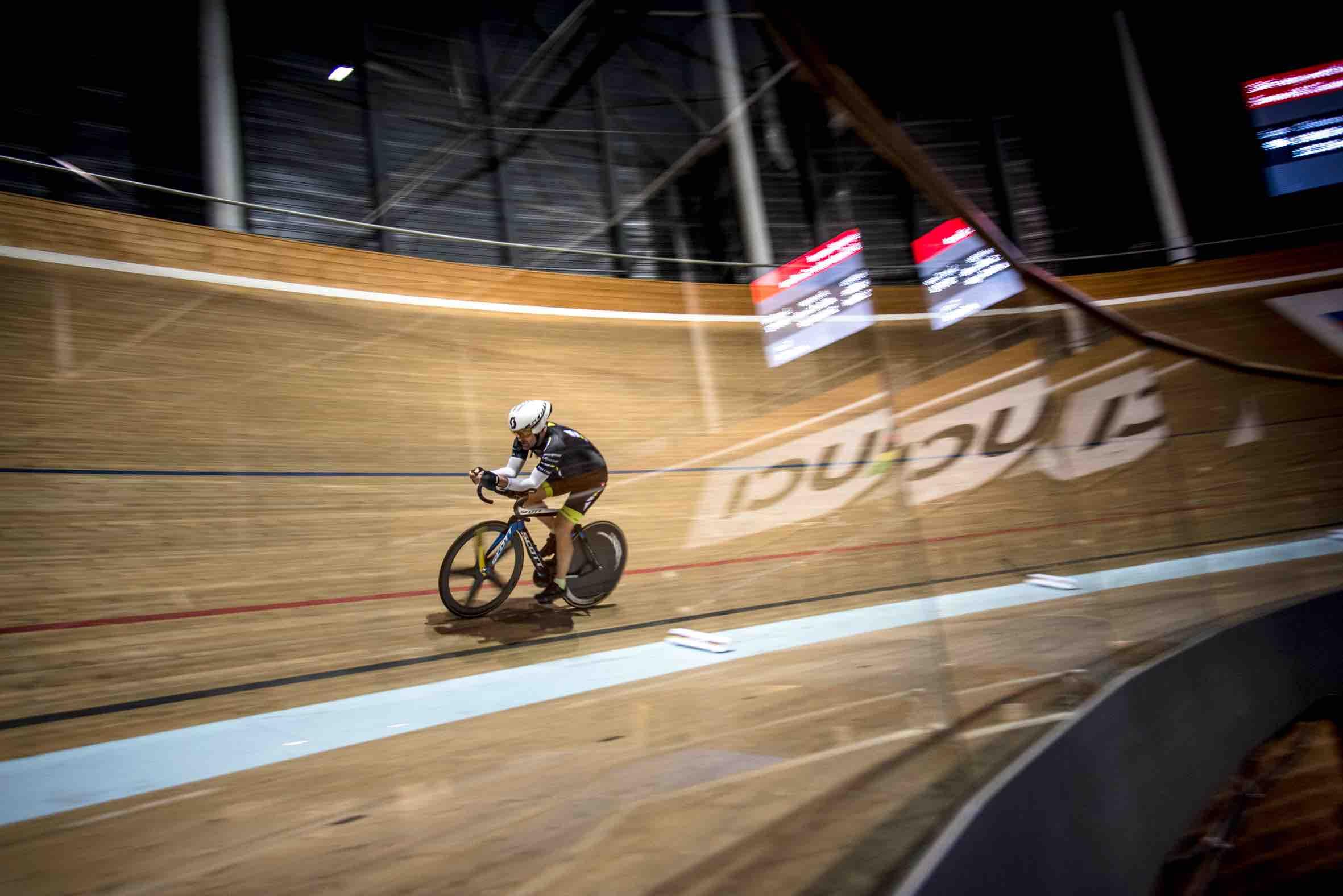Ultracyclisme : 24 heures de folie pour deux frères