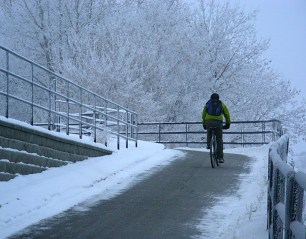 Calgary AB, Prince's Island Bridge Ramp, Winter Cyclist, the Commute Home ©Photograph by H-JEH Becker, 2012