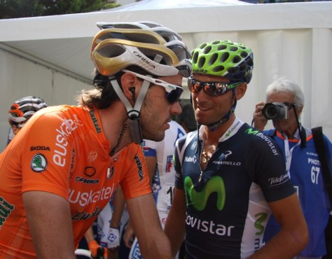 Wonder what these two (Alejandro Valverde and Samu Sanchez) are saying to one another?