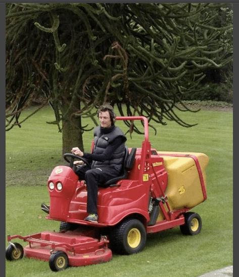 VanSummeren lawnmower 1