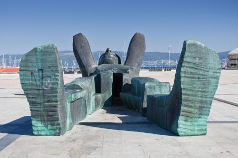 Reclining statue at the Sanxenxo waterfront