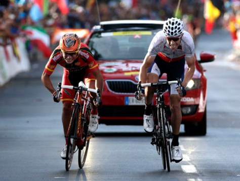Rui Costa outfoxing Purito for the rainbow jersey