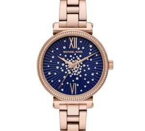 MICHAEL KORS DIALS UP THE GLAMOUR FOR THE HOLIDAY SEASON