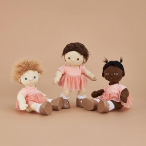 Dinkum doll ballet set with separate leotard and tutu. Available from Velvetgear Singapore