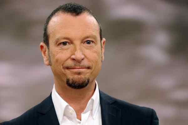 """Amadeus difeso dalle co-conduttrici di Sanremo: """"E"""