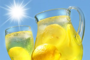 sexy-this-week-iced-cold-lemonade-the-ultimate-thirst-quencher