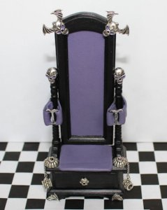 gothic-bondage-chair-dollhouse