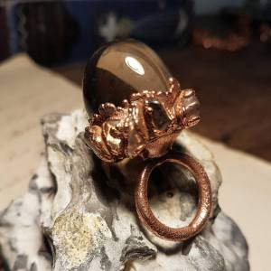 wacky-wednesday-oak-and-chain-WELL-OF-TEARS-Solid-Copper-Crystal-Ring
