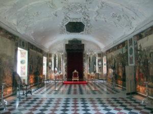 sexy-this-week-fairytales-Rosenborg-Castle-Copenhagen-queens-reception-room