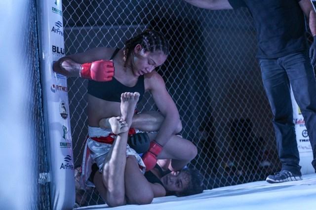 MMA - Joice Mara no Rei da Selva 8 - foto 1 - by Michael Dantas