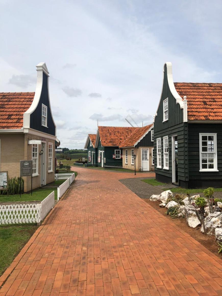 vila holandesa carambeí