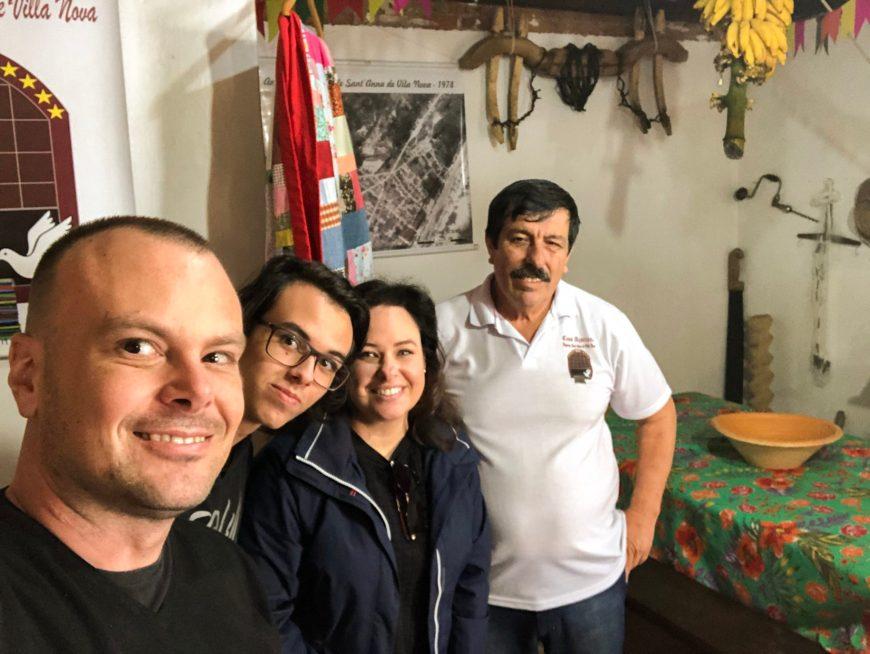família vvmm com seu batista, da casa açoriana