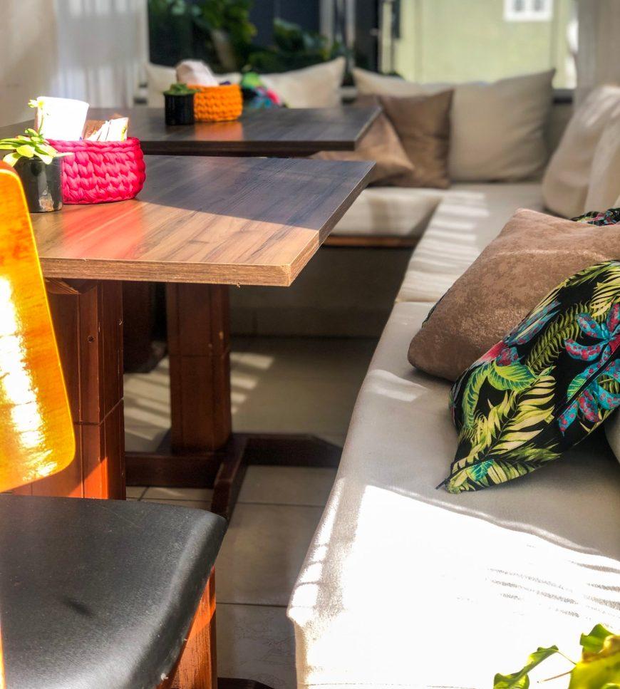 mesas cafe restaurante pacífico itaperuba