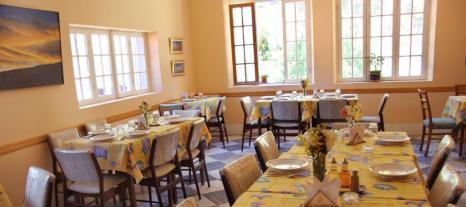 hotelgloria_urmiri_171667877