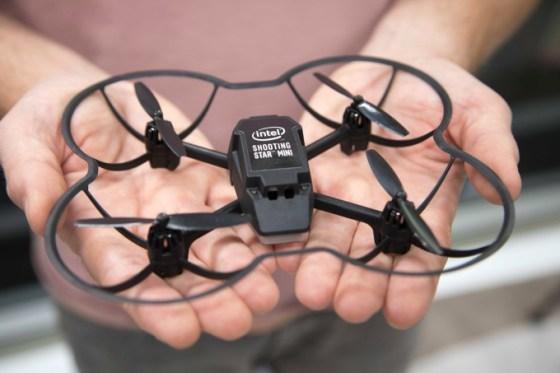 Un dron Intel cayó sobre mi cabeza durante un espectáculo de luces