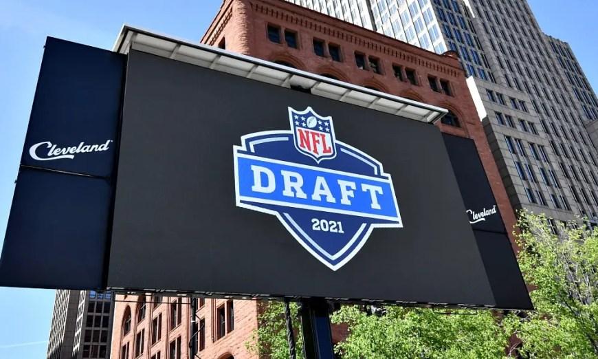 2021 NFL Mock Draft Credit: Ken Blaze-USA TODAY Sports