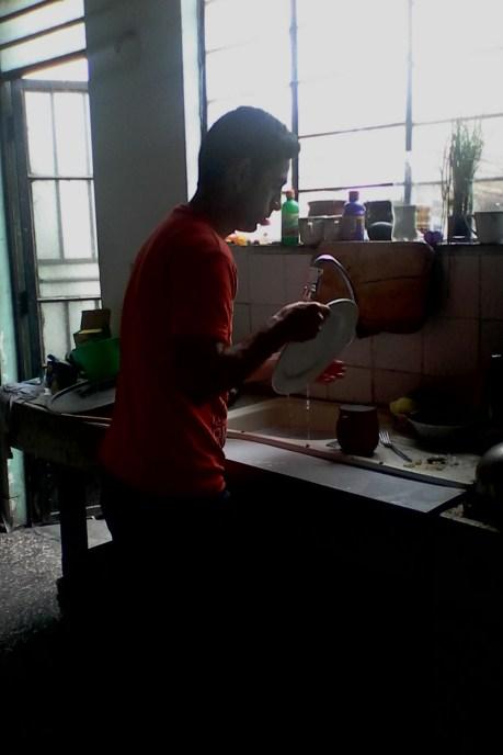 WOW Santiago lavando jajaj