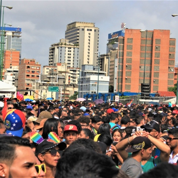 Thousands gathered in Zona Rental for the Pride celebration.