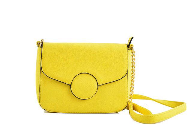 黄色いバッグ