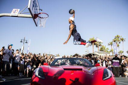 Chris Staples dunking