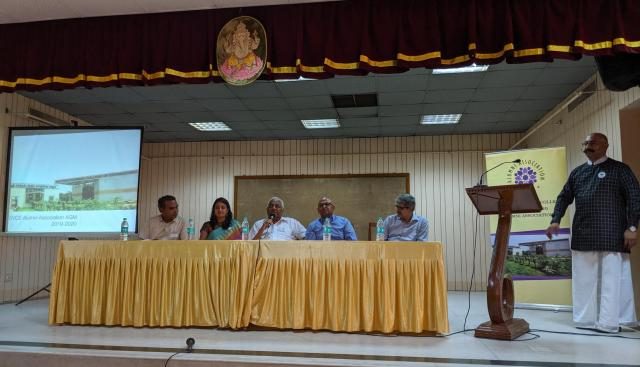 (In the centre on stage) - Sri A.C.Muthiah, Chairman of SPIC and Sri Venkateswara College of Engineering (SVCE), Sriperumbudur