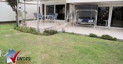 Casa en Venta en Urb Camacho Frente a Parque