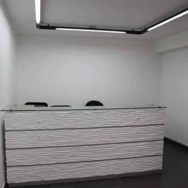 Alquilo oficina de 2 ambientes
