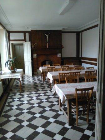 Salle-à-manger-Rez-de-Rue-w